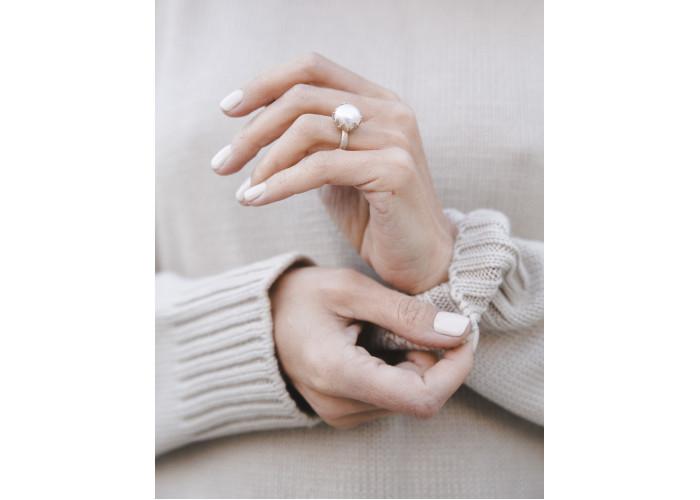 Кольцо с жемчугом // серебро
