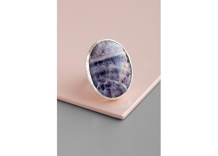Кольцо с овальным флюоритом // серебро