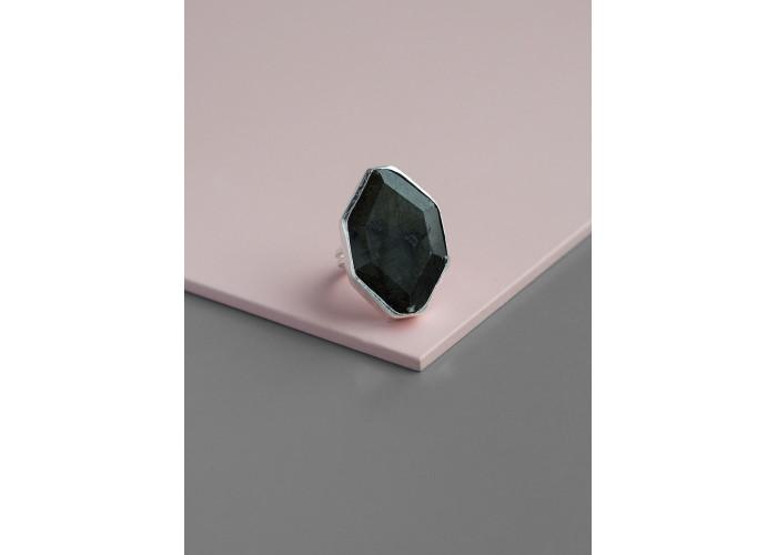 Кольцо с лабрадоритом // серебро