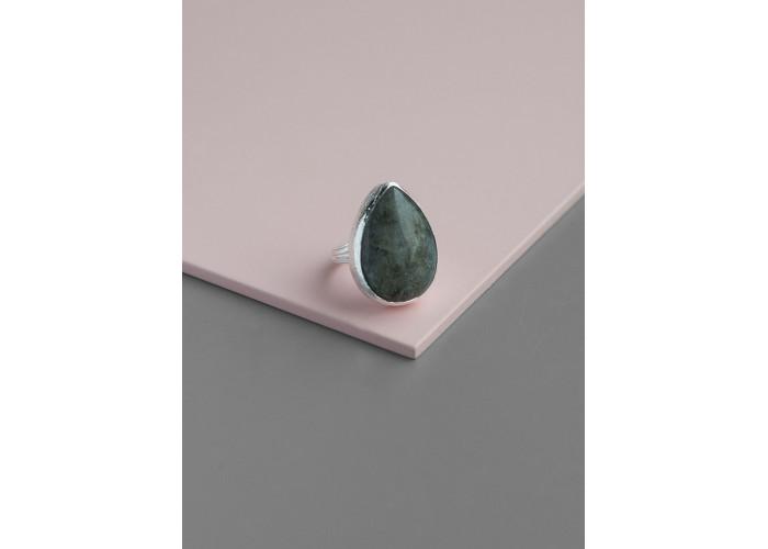 Кольцо с каплей лабрадорита // серебро