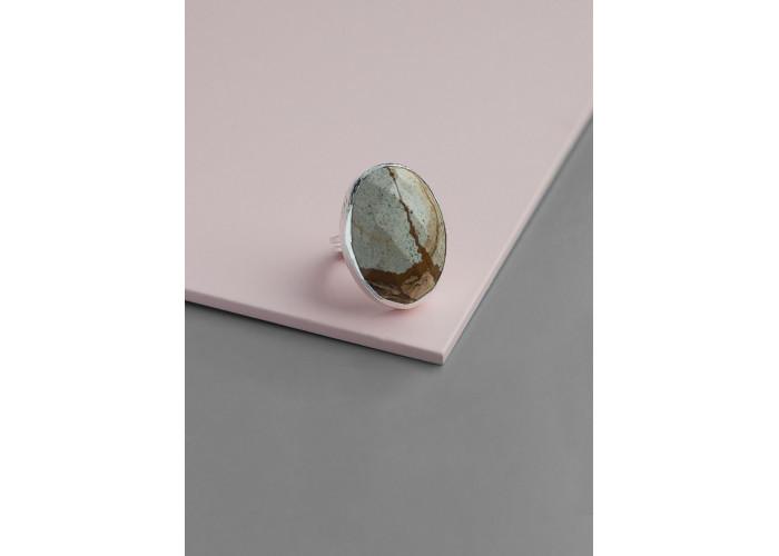 Кольцо с овальной яшмой // серебро