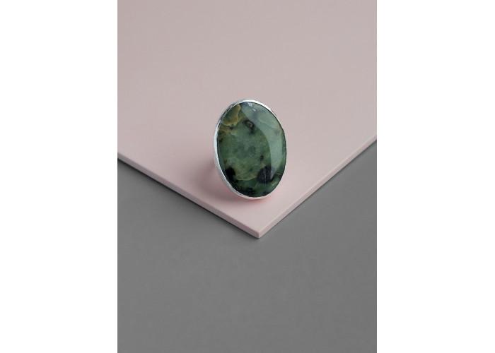 Кольцо с овальным офитом // серебро