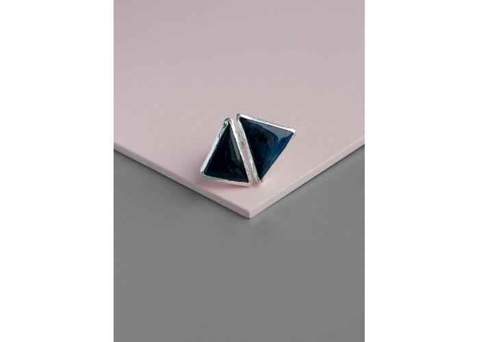 Кольцо с треугольниками спектролита // серебро