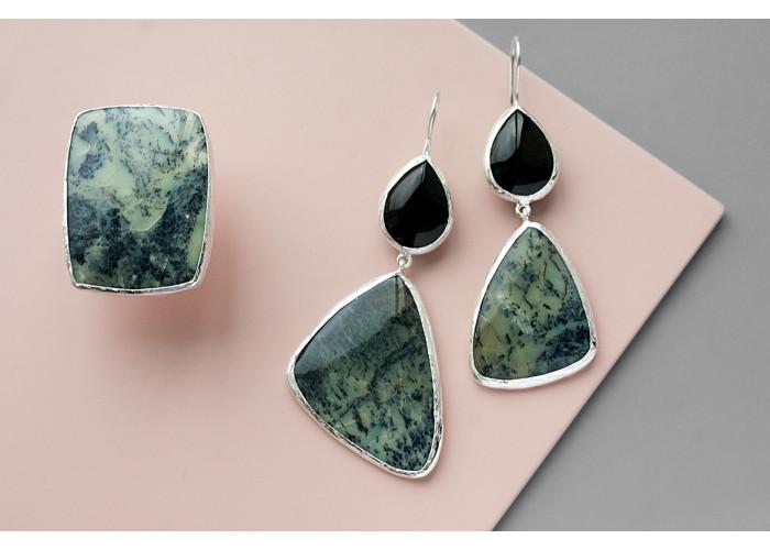 Комплект: кольцо и серёжки с денпроопалом и  чёрным агатом // серебро