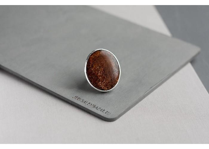 кольцо с кианитом, фукситом и титаном // серебро