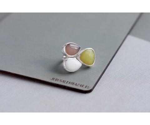 кольцо с агатом, серпентином и серым агатом // серебро