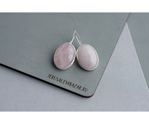 серёжки с розовым кварцем в серебре
