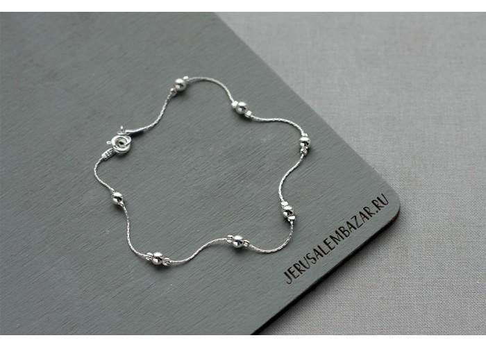 браслет с серебряными бусинами // серебро