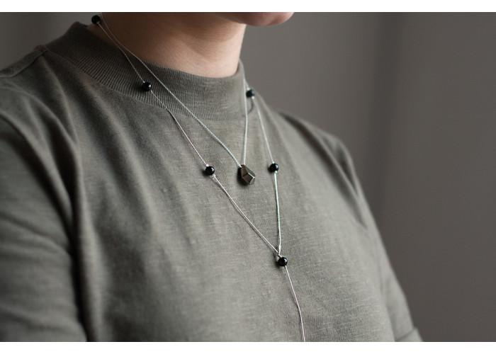 сотуар с бусинами чёрного агата // серебро