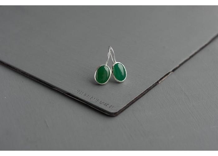 серёжки овальные с тёмно-зелёным агатом // серебро