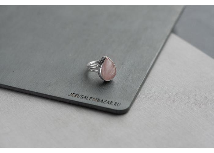 кольцо-капля с розовым кварцем // серебро