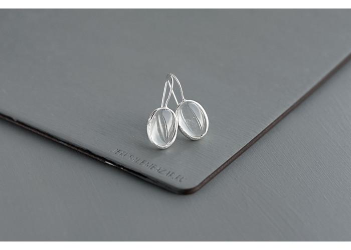 Серёжки овальные с горным хрусталём // серебро