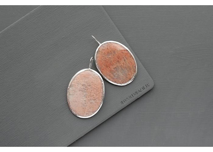 серёжки с овальным плагиоклазом // серебро