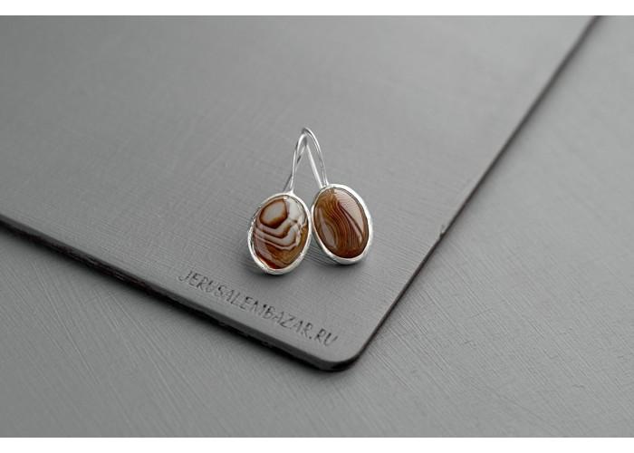 серёжки овальные с коричневым агатом // серебро