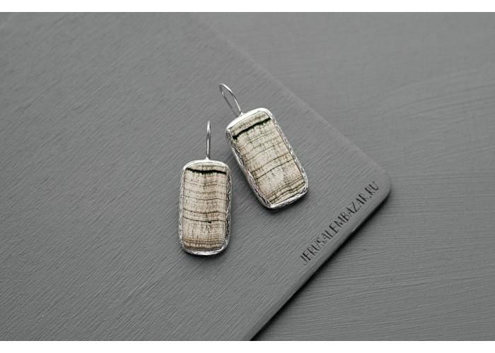 серёжки прямоугольные со скарном // серебро
