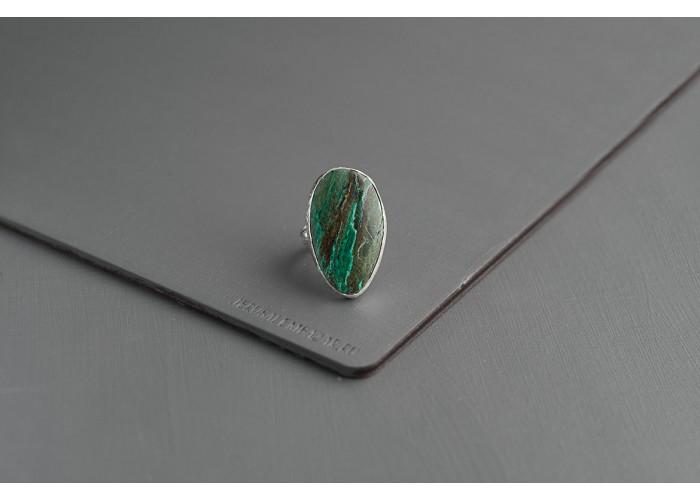кольцо с каплей малахита // серебро