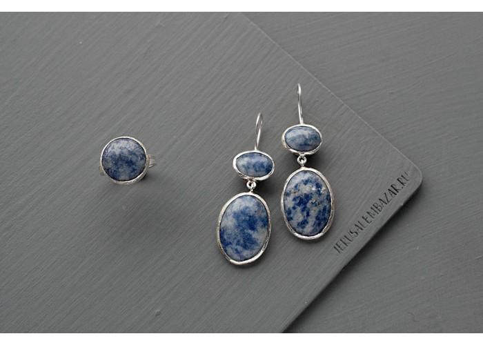 комплект: кольцо и серёжки с содалитом // серебро