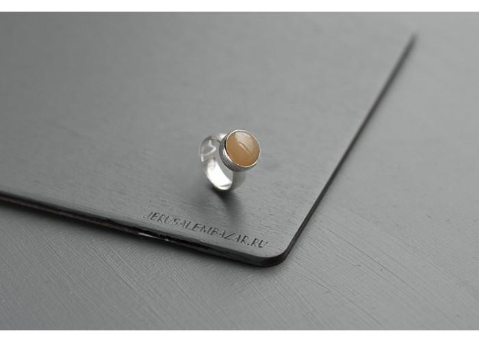 кольцо круглое с жёлтым жадеитом // серебро