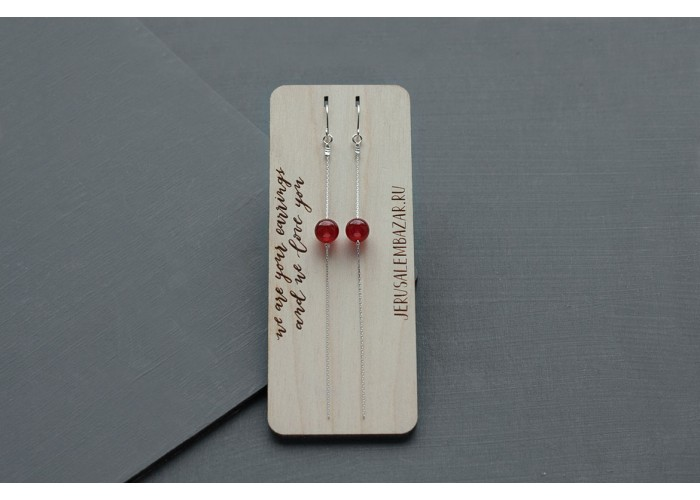 серёжки-цепочки с бусинами красного оникса // серебро