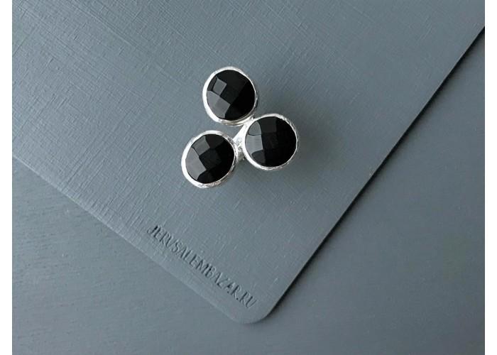 кольцо с тремя камнями оникса // серебро