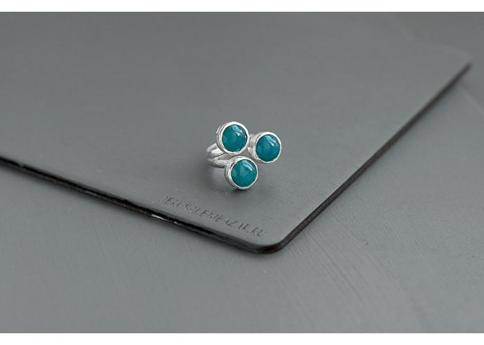 Кольцо с лазурными жадеитами // серебро