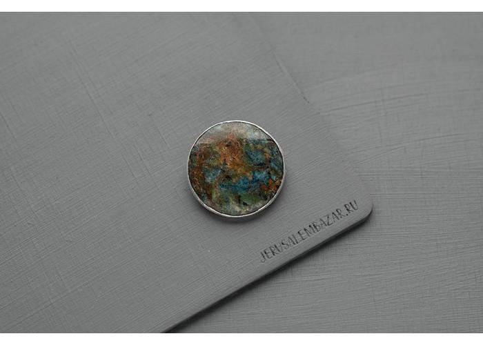 брошь круглая с зелёным фукситом и синим кианитом // серебро