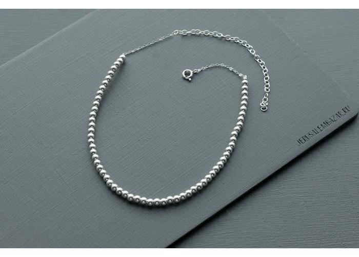 чокер на цепочке с серебряными бусинами // серебро