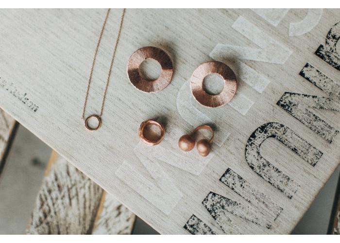подвеска на цепочке с кругом // розовая позолота