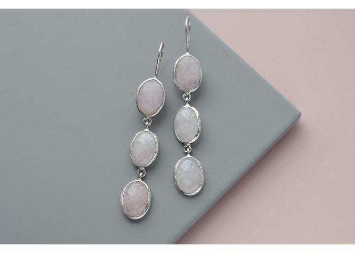 Серёжки с тремя камнями розового кварца // серебро