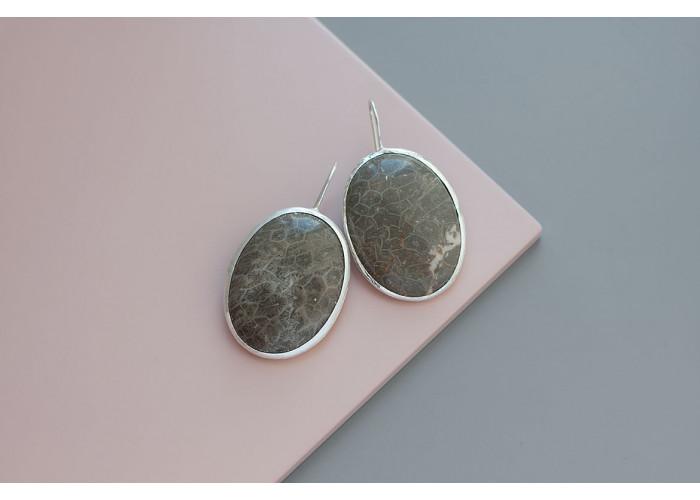 серёжки овальные с кораллом // серебро