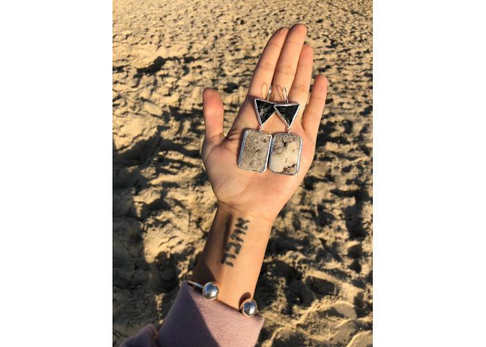 Серёжки с треугольником шпинели и друзой агата // серебро