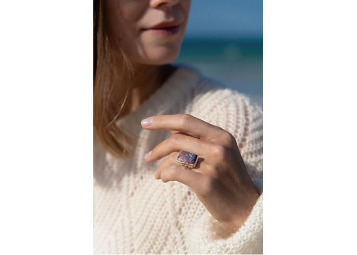 Кольцо с прямоугольной яшмой // серебро