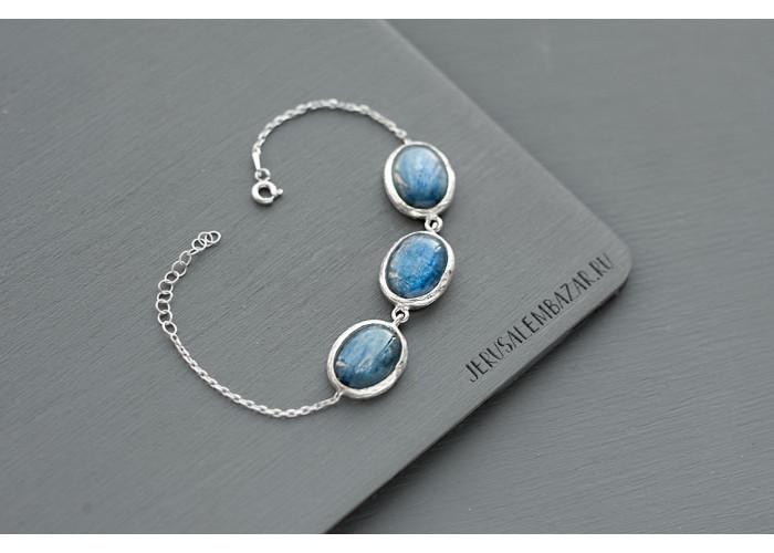 браслет с овальными кианитами // серебро