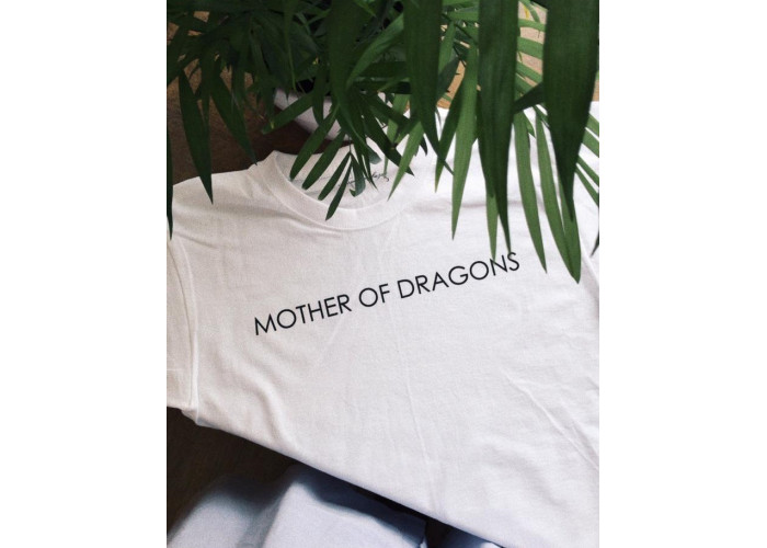 "Футболка белая ""Mother of dragons"""