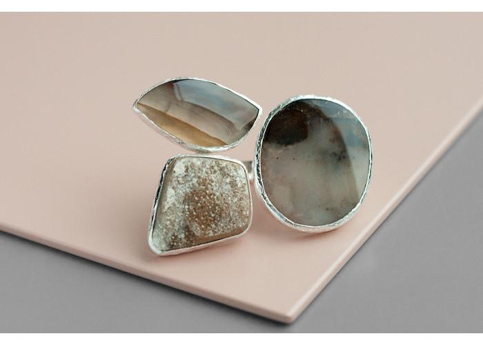 Кольцо с агатами и друзой кварца // серебро