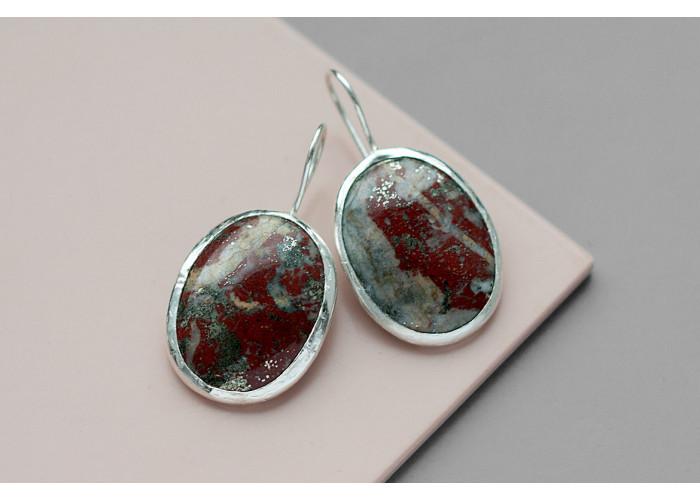 Серёжки овальные с бордовой яшмой // серебро
