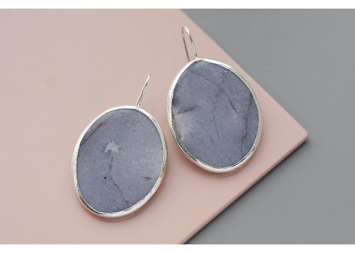 Серёжки с овальным лепидолитом // серебро