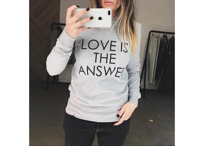 """Свитшот """"Love is the answer"""""""