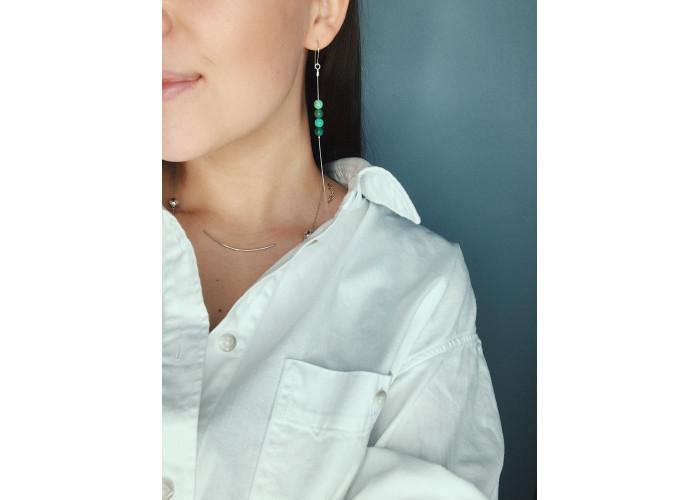 Серёжки-цепочки с бусинами зелёного агата // серебро
