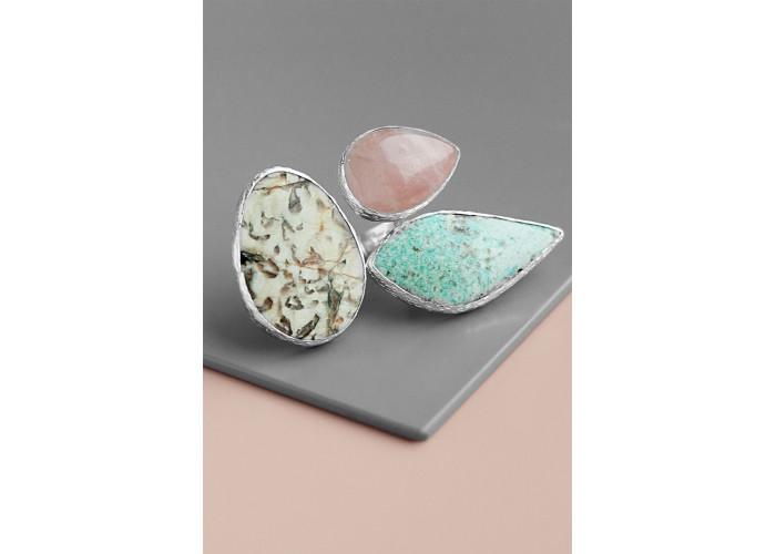 Кольцо с розовым кварцем, пегматитом и амазонитом // серебро