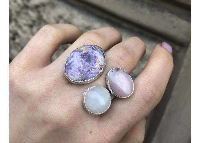 Кольцо с чароитом, опалом и кварцем // серебро
