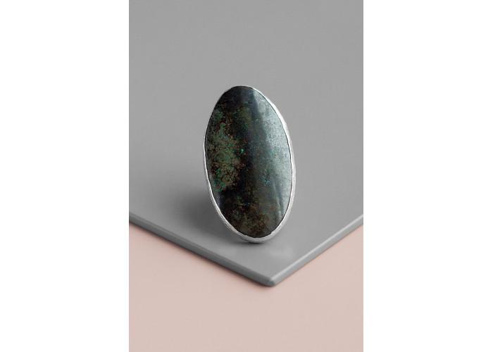 Кольцо овальное с лимонитом // серебро