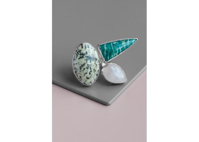 Кольцо с пегматитом, амазонитом и розовым кварцем // серебро