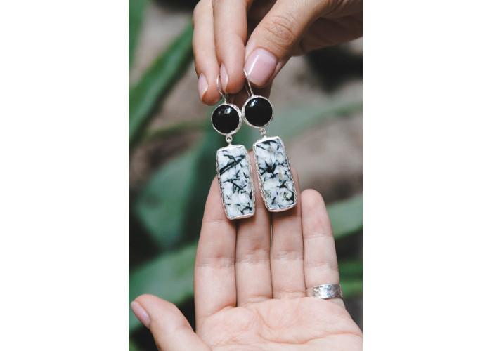 Серьги с чёрным агатом и астрофиллитом // серебро