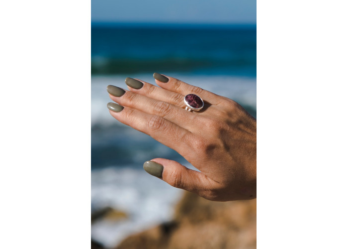 Кольцо с овальным турмалином // серебро