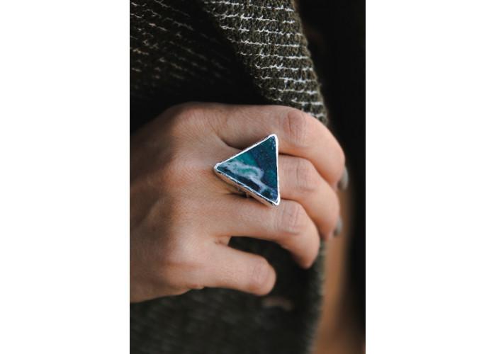 Кольцо с треугольным офитом // серебро