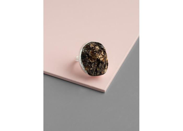 Кольцо с друзой астрофиллита // серебро