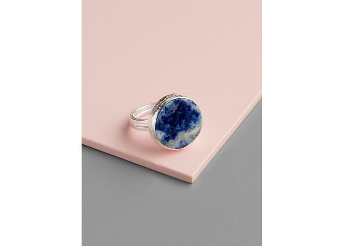 Кольцо с круглым лазуритом // серебро