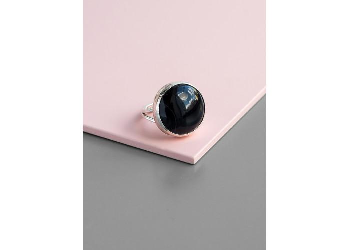 Кольцо с круглым чёрным агатом // серебро